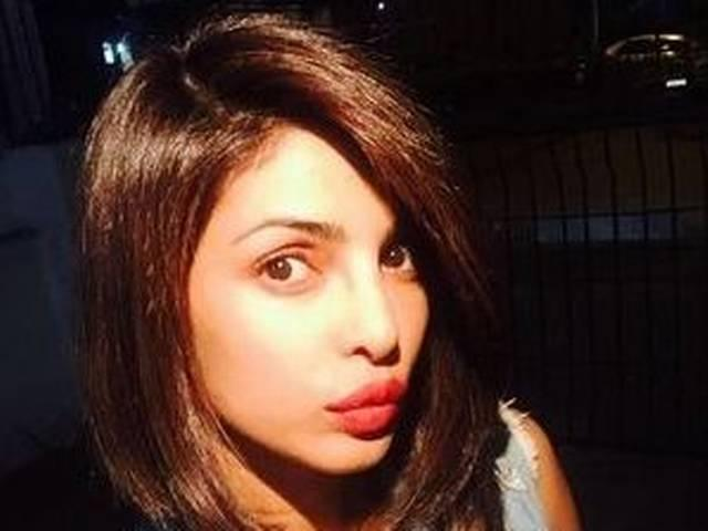 Priyanka Chopra Gets a New Hairstyle