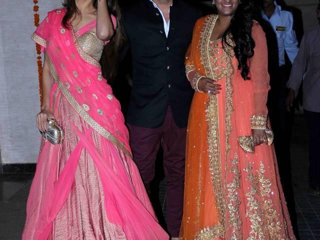 soha ali khan and kunal khemu's wedding pictures