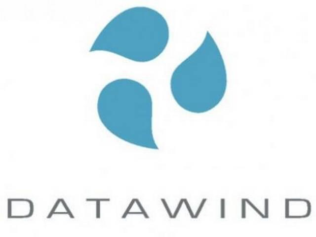 Datawind to unveil mobile phones with one-year free Internet services