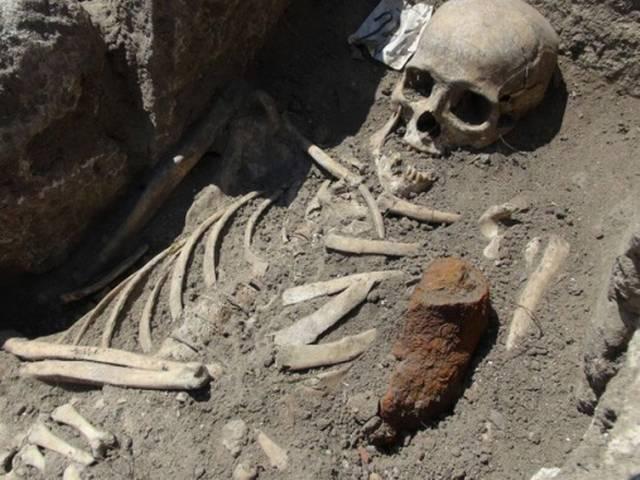 skeletons found in baharaich Uttar Pradesh Police line