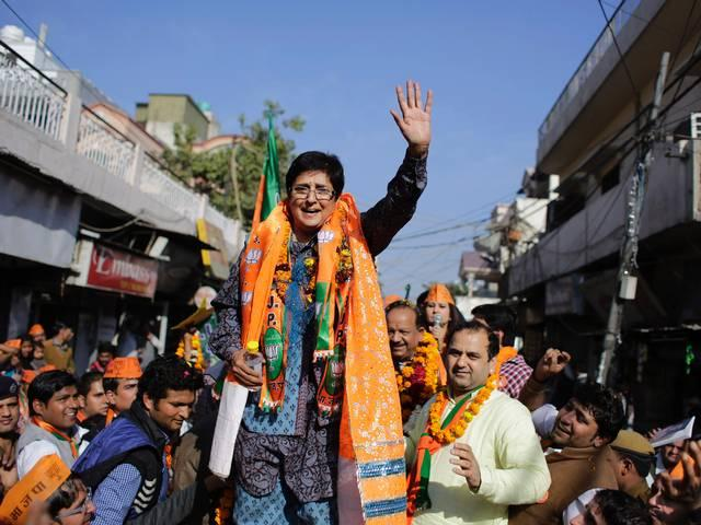 BJP's 'masterstroke' of bringing Bedi boomerangs