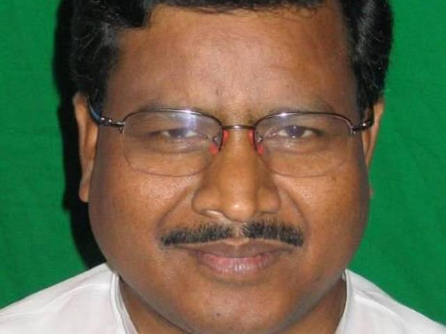 mlas switching sides should be punished