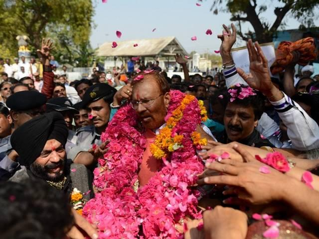 dg vanzara come out from jail says  good days are comes