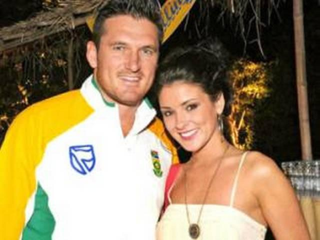 former south african skipper graham smith to divorce wife
