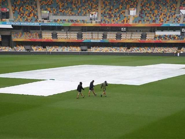 australia vs bangladesh match interrupted due to rain