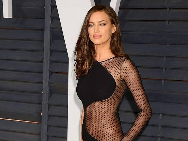 Cristiano Ronaldo_ex girlfriend_Irina Shayk_Vanity Fair_Oscars bash_ black cutaway dress