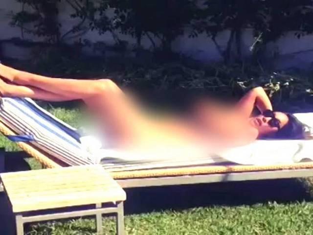 Sofia hayat_India-South Africa_Bathing Video_