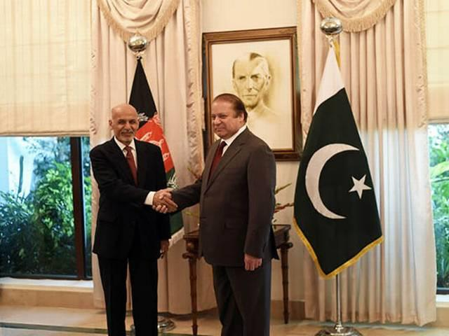 afganistan's president talks to pakistani pm
