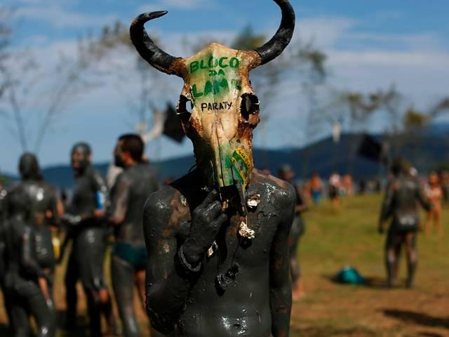 Brazil_Mud Block carnival party_
