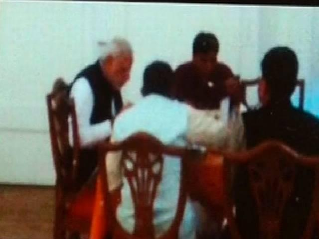 PM takes lunch in Parliament Canteen