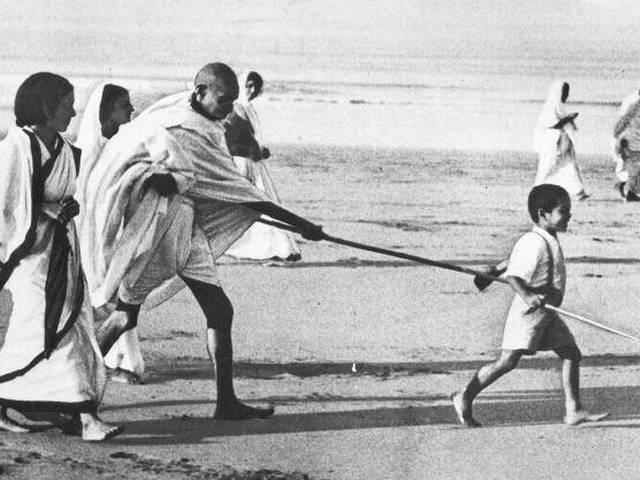 100th anniversary of Gandhi's coming back to india from south africa