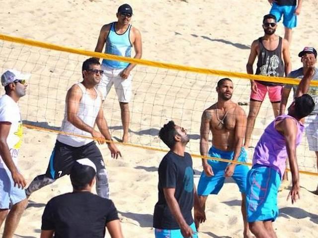World Cup 2015-Team India_Beach_BCCI_Mahendra Singh Dhoni_Virat Kohli_