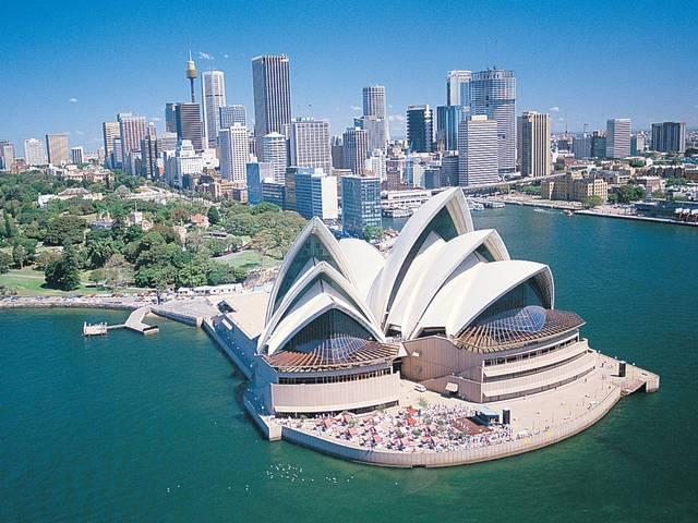 WORLD'S TOP 10 EXPENSIVE CITIES