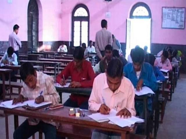 up_board_students_dropout_from_exams