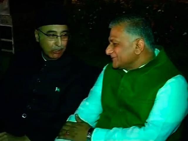 General VK Singh Attends Pakistan Day Dinner