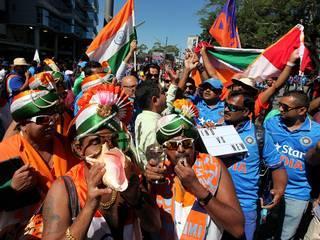 india_australia_semifinal_fans