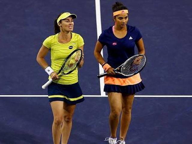 Sania, Hingis reach final of Miami Open