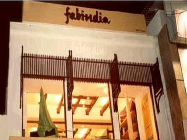 KVIC sends legal notice to Fabindia for allegedly selling cotton products under brand name 'Khadi'