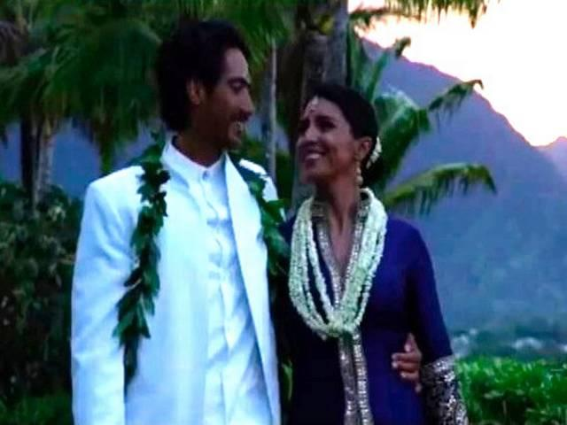 american_mp_tulsi_gets_married