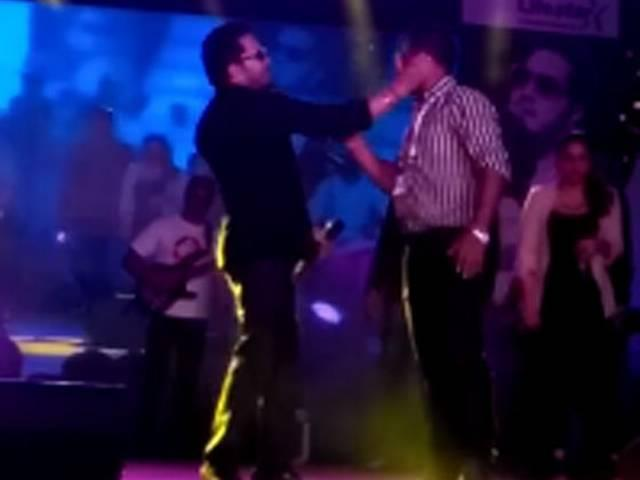 Singer Mika booked for slapping doctor at concert