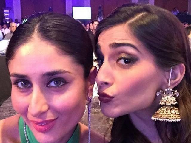 Kareena Kapoor, Sonam Kapoor and Arjun Kapoor pose for Sunday selfies