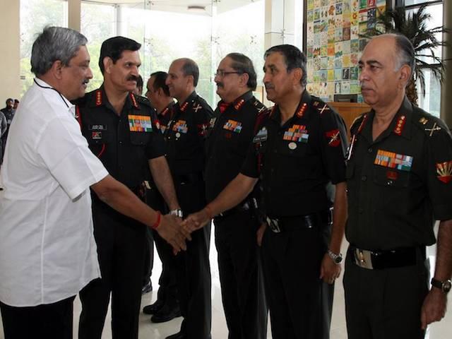 Delhi_Parrikar_Praises_Army