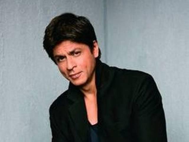 Bollywood superstar Shah Rukh Khan begins filming 'Raees'