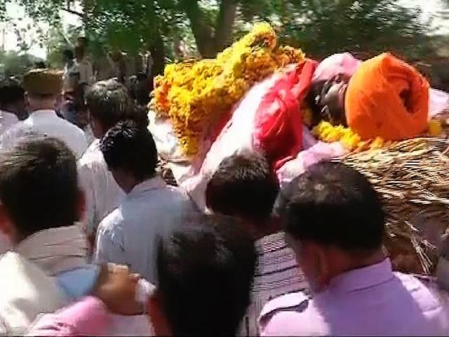 aap_rally_gajendra_death_funeral