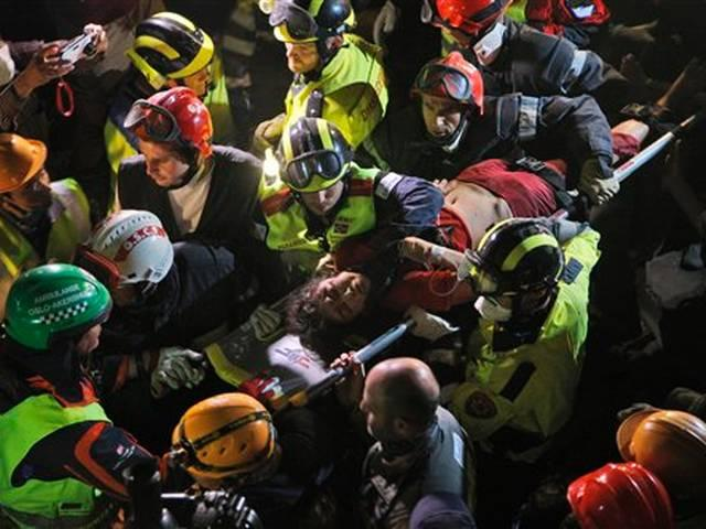 Woman rescued from damaged hotel five days after Nepal earthquake