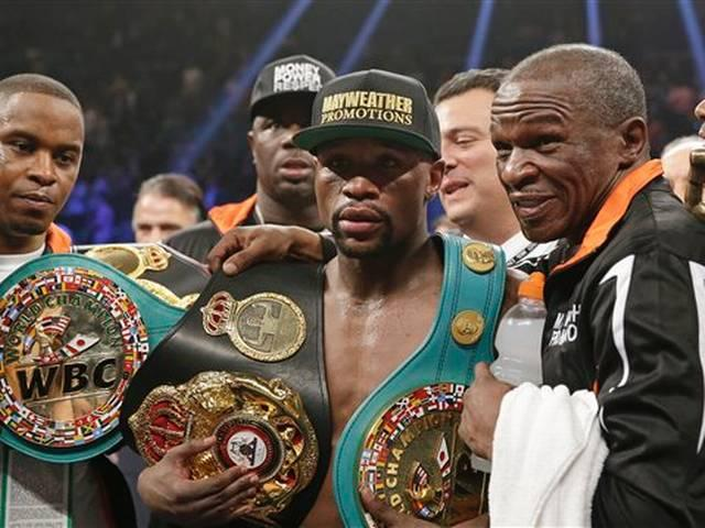 Mayweather beats Pacquiao by decision