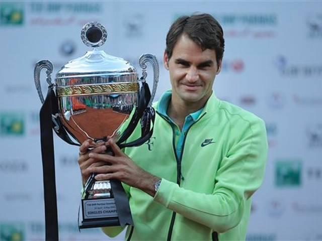 Roger Federer wins Istanbul Open for first clay title since 2012
