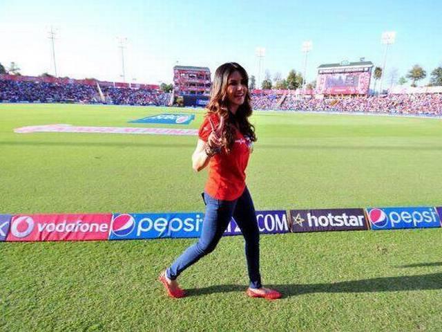 IPL_Sunny Leone_