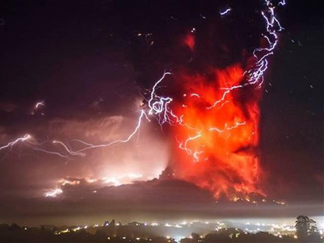 a thick plume pours from the Calbuco volcano, near Puerto Varas, Chile