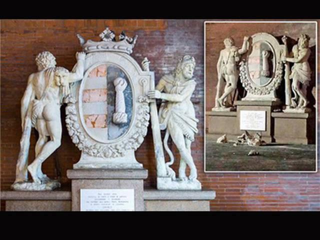Tourists' selfie attempt breaks historic Hercules statue in Italy
