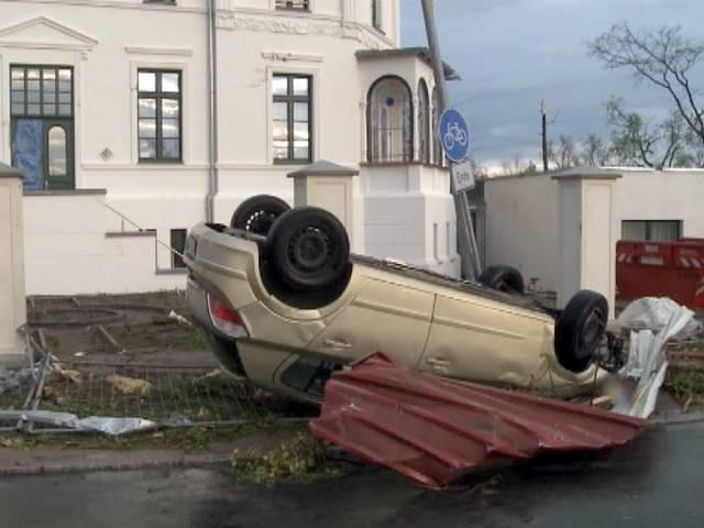 Tornadoes sweep across north Germany