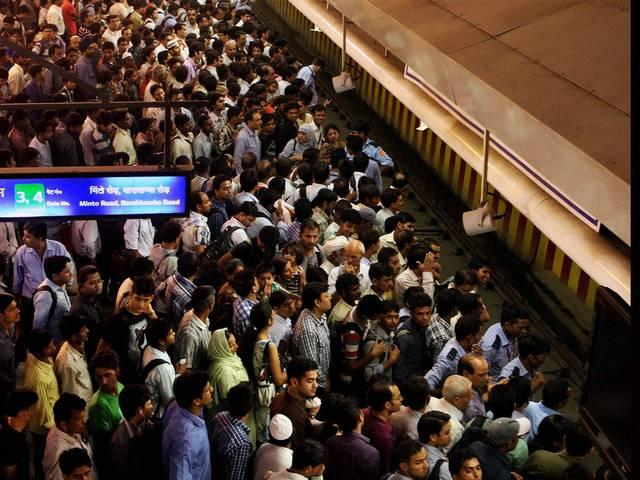 With Buses Off The Road, Delhi Metro Records Huge Spike in Ridership