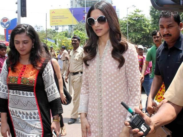 Busy Deepika Padukone finds time to go back home