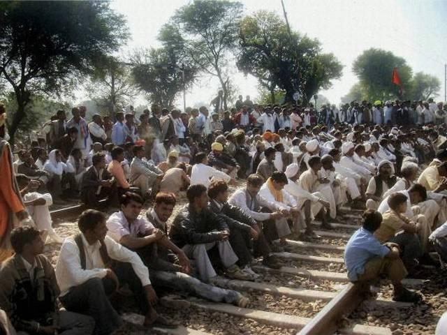 gurjar movement-on-the-railway-track-for-reservation