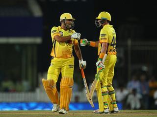 IPL: धोनी के अनुभव के आगे विराट हुए पस्त, CSK छठी बार फाइनल में