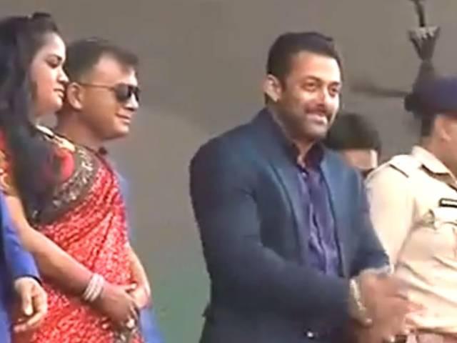 Mandi_Actor_Salman Khan_Arpita Khan Sharma_Aayush Sharma_wedding reception