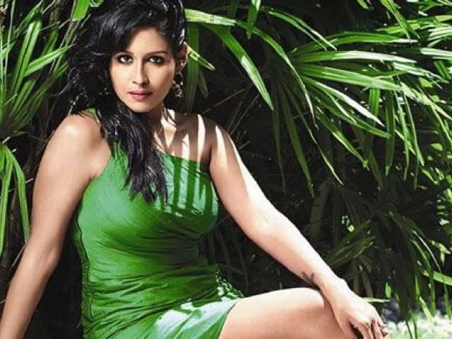 malyalam_actress_arrested
