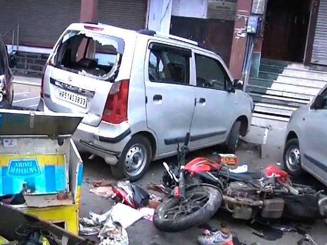 delhi roop nagar road rage
