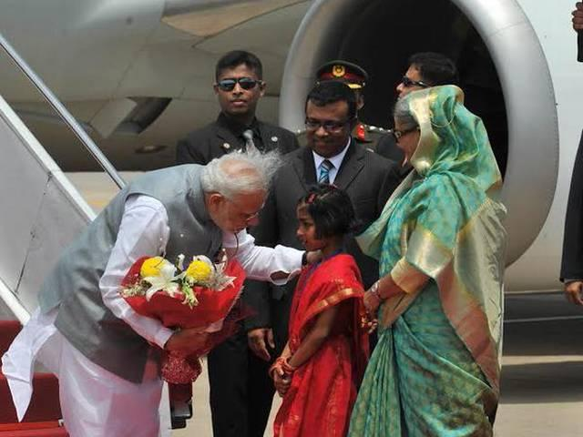 Modi starts Bangladesh tour with homage to 1971 martrys