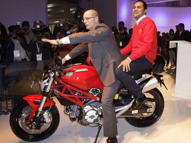 ducati launched its 6 superbike