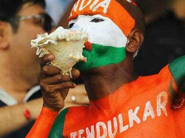 india_bangladesh_indian_fan_was_attacked