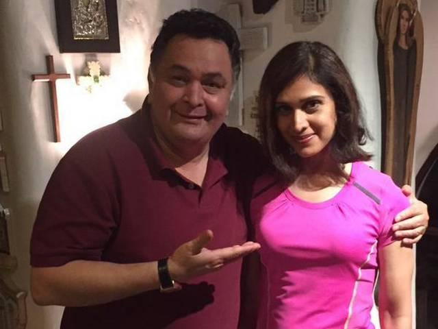 Meenakshi Seshadri now looks like her Damini co-star Rishi Kapoor's daughter!