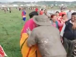 Nepal minister resigns over 'indecent' photos hugging women