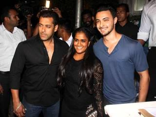 ABCD 2's success_party_