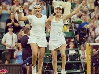 Sania Mirza_Martina Hingis_Mahesh Bhupathi_Wimbledon_