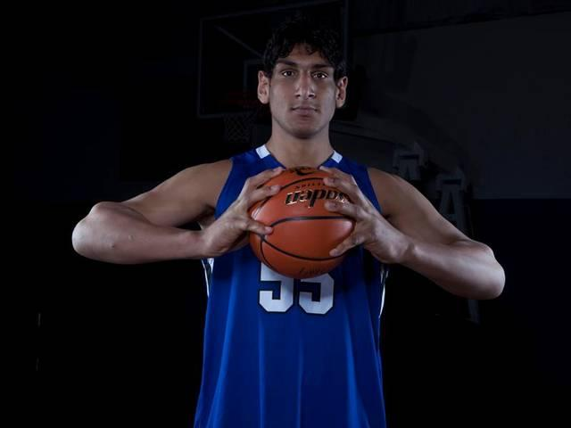 Satnam Singh scores in a thrilling win for Dallas Mavericks